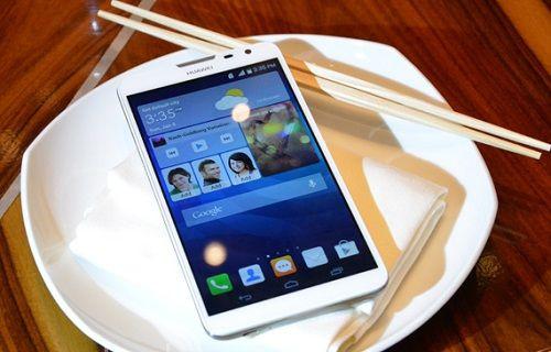 Huawei'in dev ekranlı telefonu AnTuTu'da göründü
