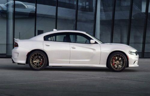 Karşınızda Dünyanın en hızlı sedanı 2015 model Dodge SRT Hellcat [Video]
