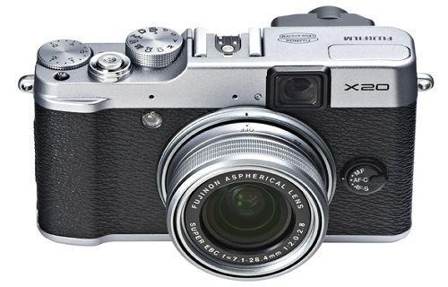 Fujifilm üst sınıf kompakt kamera X30'u duyurdu