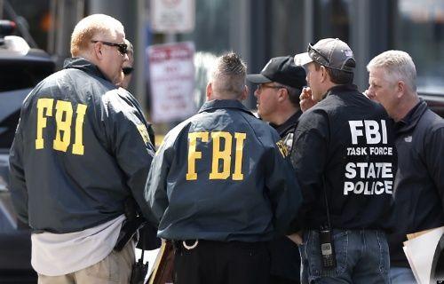 FBI, iCloud'u hackleyenlerin peşine düştü!