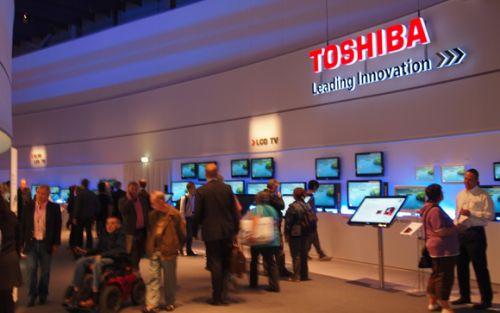 TOSHIBA IFA'da yeni nesil Satellite L10W-B ve Satellite CL10-B' yi tanıttı