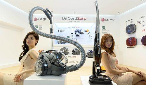 LG'nin IFA 2014'te tanıttığı CordZero serisi ile elektrik süpürgeleri ezber bozuyor