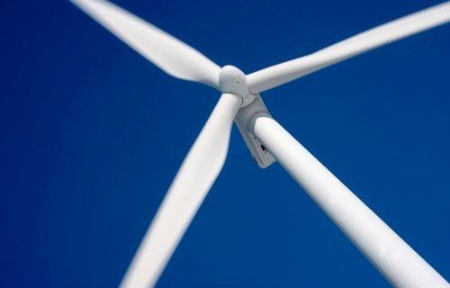 İlk Milli rüzgar türbini İstanbul'da elektrik üretmeye başlıyor