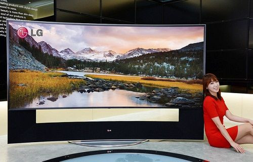 LG dünyanın ilk 105 inç kavisli Ultra HD TV'nin fiyatını açıkladı