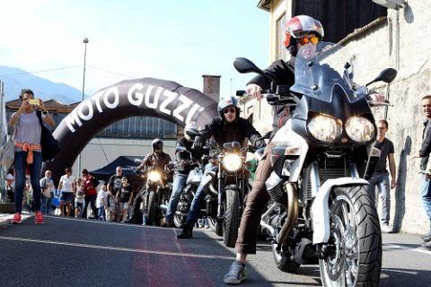 10 Bin motosiklet tutkunu Moto Guzzi Fabrikasında buluştu