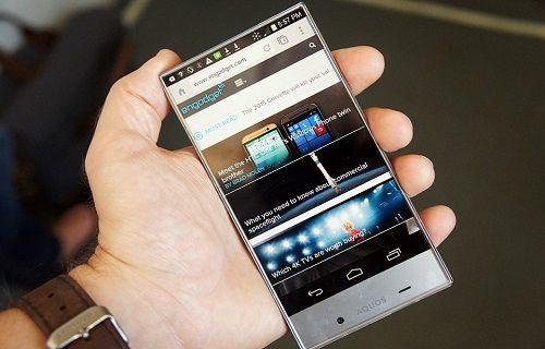 Sharp, akıllı telefonlar için 4K çözünürlüklü ekran geliştiriyor