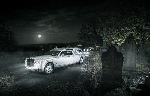 Karşınızda Dünyanın en lüks cenaze arabası Rolls-Royce Phantom!