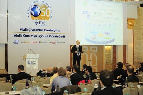"""IDC """"Akıllı Çözümler Konferansı""""nın açılışını BT liderleri ile gerçekleştirdi"""