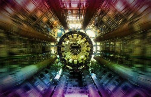 CERN'de yeni bir parçacık keşfedildi!