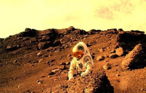 NASA çalışanından düşündüren iddia: Mars'ta insan gördüm!
