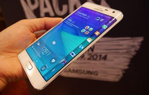 Samsung, Galaxy S6 Edge'i hazırlıyor