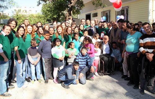 """Turkcell Gönüllüleri'nden Özel Eğitim Uygulama Okulu'na """"Uygulama Evi"""""""