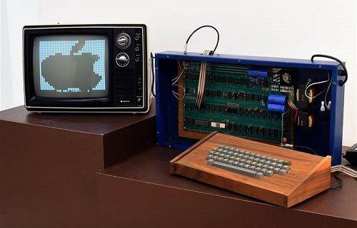 Apple-1 bilgisayar bir kez daha rekor fiyata satıldı