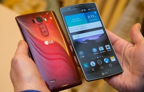 LG G Flex 2'ye yakından göz atalım