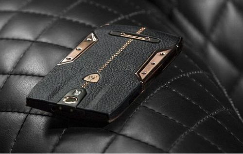 CES 2015: 6000 dolarlık Lamborghini telefon görücüye çıktı