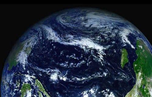 Dünya uzaydan kızılötesi ile böyle görünüyor! [Video]