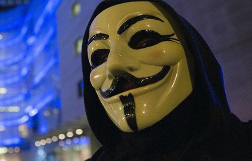 Anonymous IŞİD'in hesaplarını hackledi!