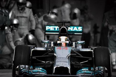 Mercedes AMG Petronas'tan bir ilk daha