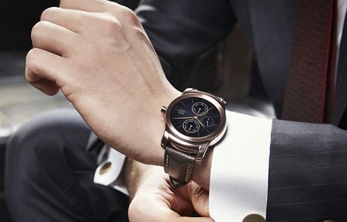 LG G Watch Urbane ön siparişte