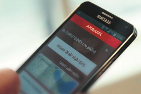 Akbank ve Samsung'dan mobil dünyada dev işbirliği