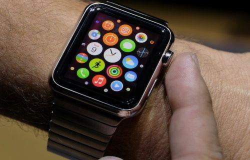 Apple, akıllı saati Apple Watch ile Samsung'u bir günde geçti!