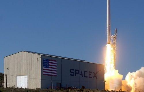 SpaceX'in roketi hedefi tutturamadı! [Video]