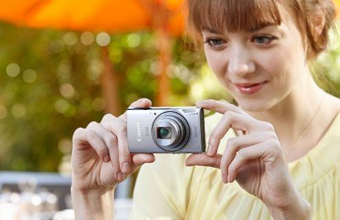 Teknolojik anneler Canon'la hem fotoğraf çekiyor hem de evde baskı yapıyor
