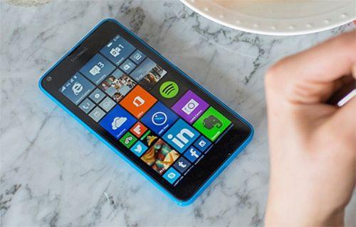Windows 10'u ilk alacak telefon Microsoft Lumia 640 olacak!