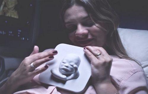 Görme engelli anne adayına 3D sürpriz!