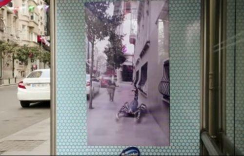 Domestos'un İstanbul'daki artırılmış gerçeklik reklamını görenler şaşkına döndü! [Video]