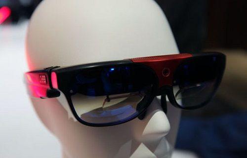 ODG R7 ve Qualcomm yapımı sanal gerçeklik gözlüğü