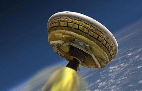 NASA'nın uçan dairesi yine uçamadı!