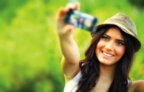 Oy pusulasıyla Selfie çeken 29 kişiye yüklü para cezası kesildi!