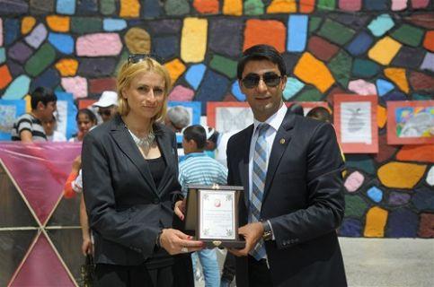 Kardelen öğretmenin okuluna Turkcell'den destek
