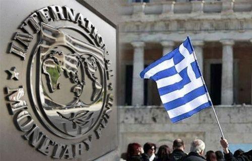 İflasını açıklayan Yunanistan'da ilginç mobil yasağı!