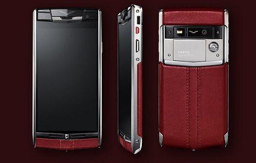 Vertu V06 akıllı telefon lüks ve güçlü donanımı bir arada sunuyor