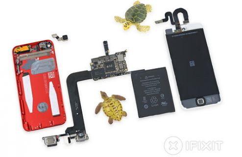 Yeni nesil iPod Touch paramparça!
