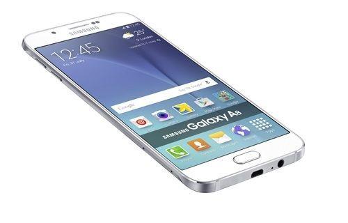 Samsung en ince Galaxy telefonu Galaxy A8'i tanıttı