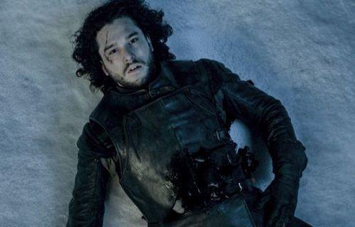 Game of Thrones'ta 'Jon Snow öldü mü?'  sorusuna cevap geldi!