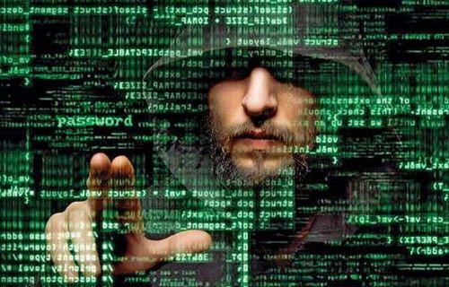 Ruslar Pentagon'un bilgisayarlarını hack'ledi!