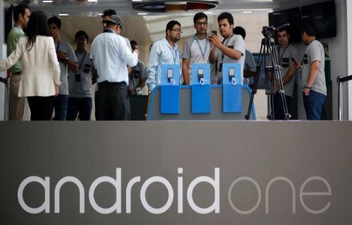 Google'dan Android One projesi kapsamında sudan ucuz telefonlar geliyor!