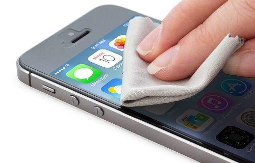 Akıllı telefonlar ve tabletler nasıl olur da bir klozetten daha fazla bakteri taşıyor?