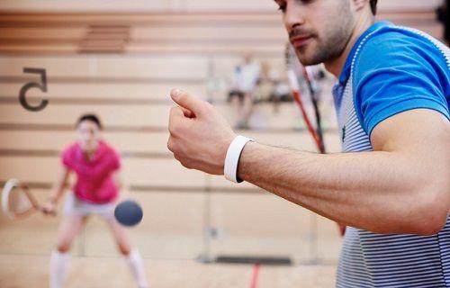 Kalp hızı ölçüm sensörüne sahip Sony SmartBand 2 tanıtıldı