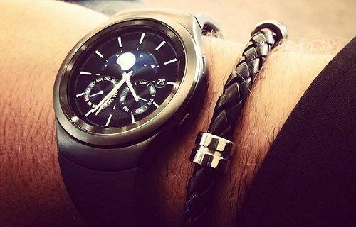 Samsung IFA 2015'te iki akıllı saat tanıtımı gerçekleştirecek