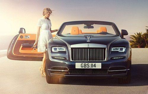 Rolls-Royce'tan tavanı 20 saniyede açılıp kapanan lüks otomobil: Dawn
