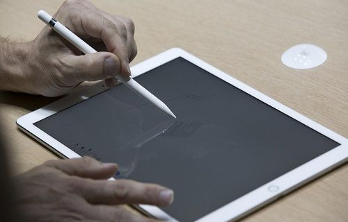 Apple Pencil'ı 15 saniyelik şarjla 30 dakika kullanmak mümkün