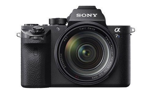 Sony'den yeni full frame aynasız fotoğraf makinesi α7S II