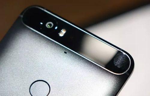 Huawei Nexus 6P'deki siyah cam bölüm neden o kadar büyük?