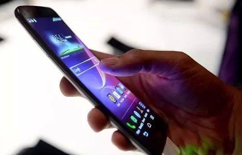 GSM operatörü, Google, Yahoo ve Facebook'u tehdit etti!