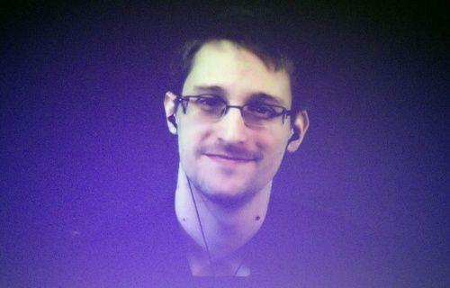 Edward Snowden'den akıllı telefon kullanıcılarını şok eden itiraf!